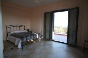 21 Mater Bedroom
